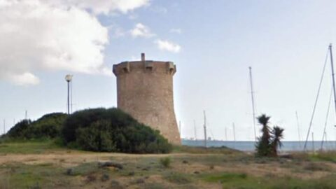 Forsvarstaarnet, Torre de Son Duri, vogter kysten ved Campos paa Mallorca